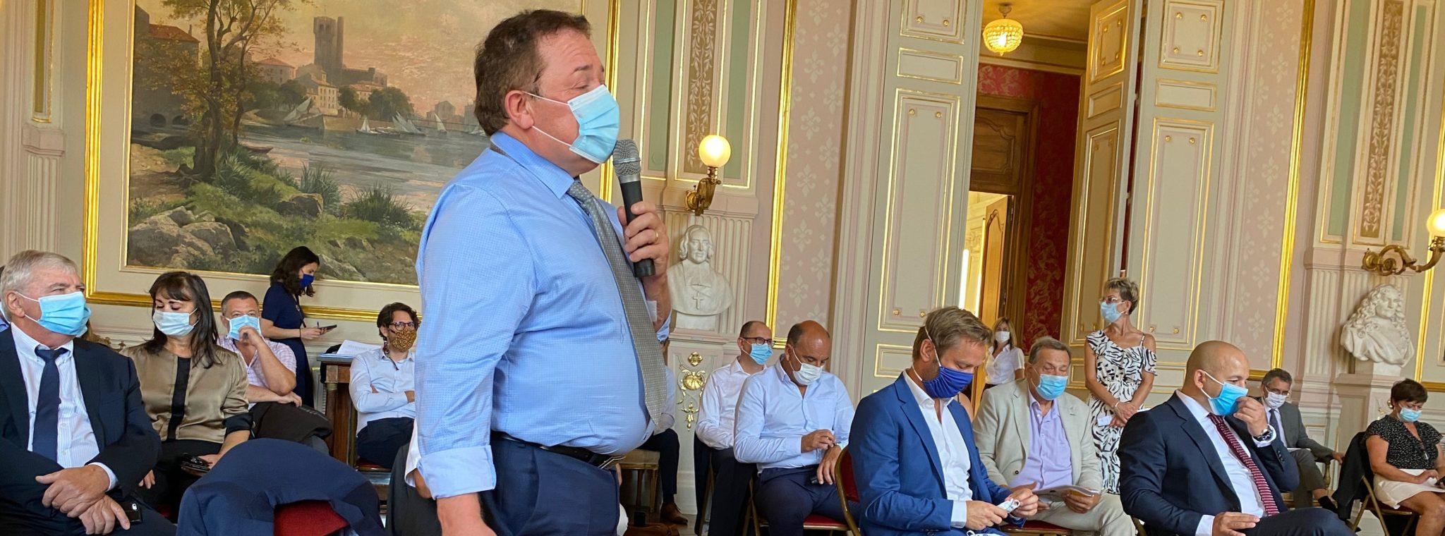 Alain GRISET, ministre délégué en charge des PME et TPE, rencontre les représentants de l'artisanat héraultais en préfecture