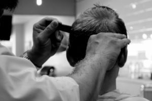 Activités de coiffure sont INTERDITES