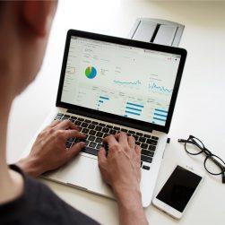 Effectuer ses déclarations sociales et fiscales en ligne - DSF