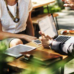 Travailler en direct avec les acheteurs publics sans mise en concurrence